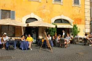 cafe on piazza di pietra