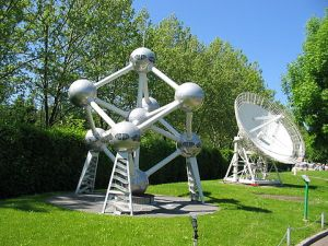 A model of the Atomium at Minimundus in Austria. The model can be shown as Austria has Freedom of Panorama.[1