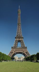 Tour_Eiffel_jourWikimedia_Commons
